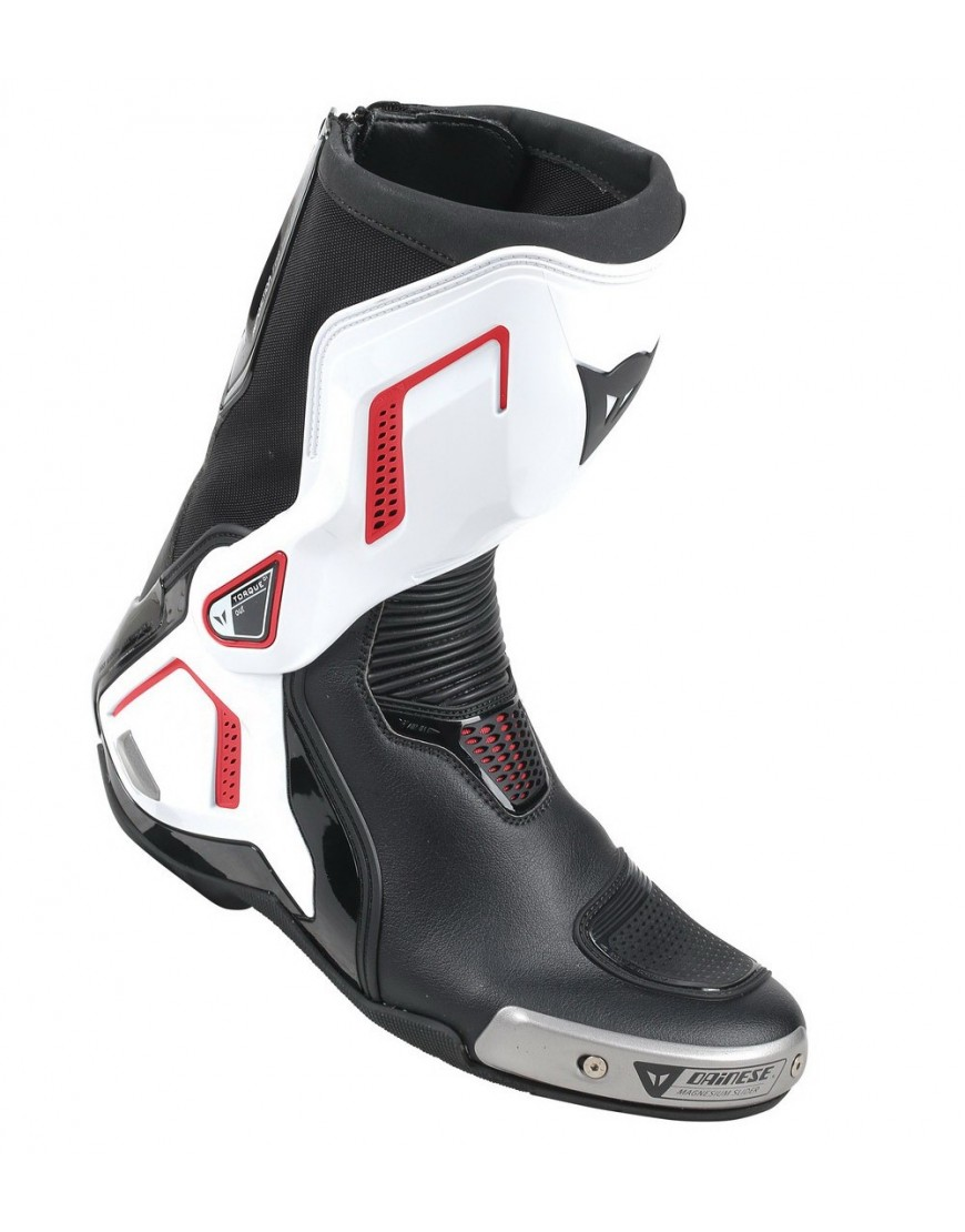 Buty Motocyklowe Dainese TORQUE D1 OUT BOOTS - BLACK/WHITE/LAVA-RED